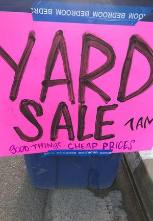 Yard Sale 514 E Clinton, Fresno 93704 for Sale in Fresno, CA