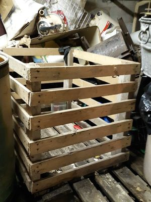 Large wooden crate for Sale in Turbotville, PA