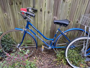 Schwinn bike vintage for Sale in Atlanta, GA