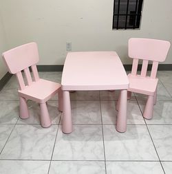 "$50 (new in box) plastic kids activity (2) chairs and table set, table 30x21x19"", chair 12x12x26"" (pink) for Sale in Whittier,  CA"