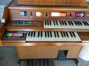 """Kimball """"Entertainer"""" organ for Sale in Marshall, TX"""