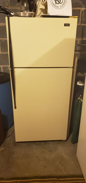 Refrigerator Roper ivory/almound top freezer. for Sale in Akron, PA