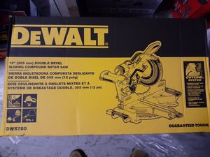 "New never opened Dewalt 12"" double bevel compound sliding miter saw DWS780 for Sale in Fort Lauderdale, FL"