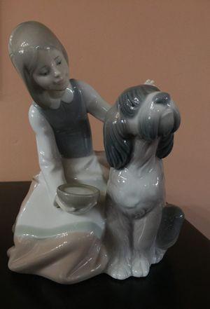 Genuine Lladro Figurine for Sale in Irvine, CA