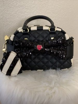 Betsey Johnson purse for Sale in Stockton, CA