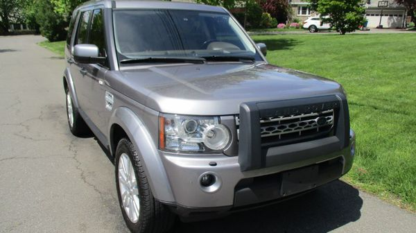 2012 LAND ROVER LR4 GARAGE KEPT
