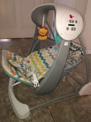 Fisher Price foldable portable baby swing for Sale in Yucaipa, CA