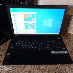 Toshiba Laptop***PERFECT FOR SCHOOL for Sale in Riverside, CA