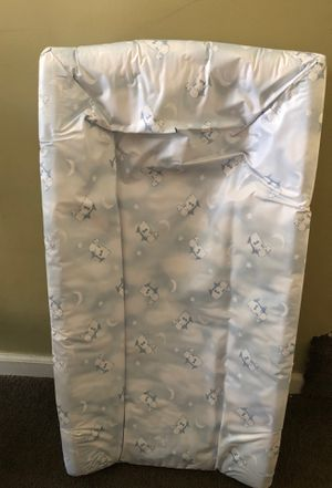 Serta changing pad for Sale in Bayville, NJ