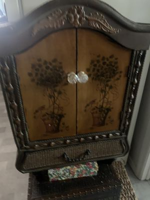 Antique cabinet for Sale in Avocado Heights, CA