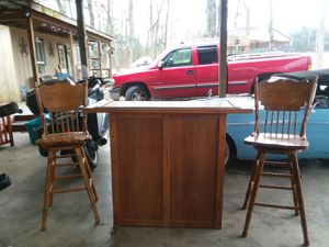 Bar and two bar stools for Sale in Murfreesboro, TN