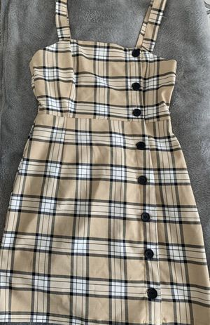 H&M nude plaid Burberry dress for Sale in Downey, CA
