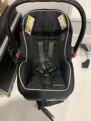 Car seat for Sale in Hialeah, FL