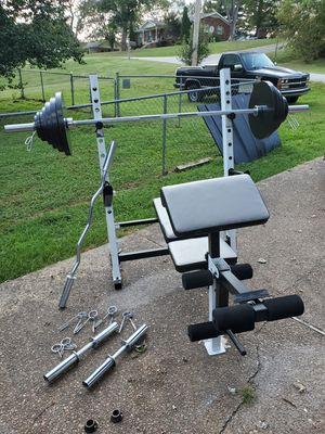 Weight bench with weights and bars for Sale in Lebanon, TN