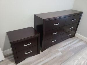 Bedroom furniture set queen bedframe, dresser, nightstand for Sale in Corona, CA