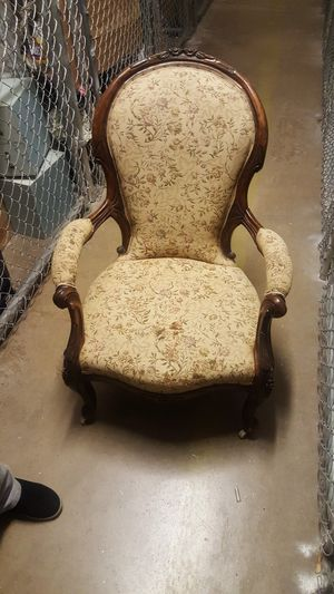 Antique chair and a metal 4 feet long coffee table for Sale in Dallas, TX