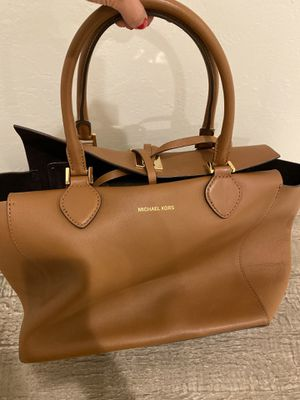 Michael Kors tote bag for Sale in Gilbert, AZ