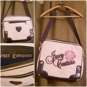Juicy Couture (Women's Computer Bag) for Sale in Mountlake Terrace, WA