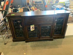 LARGE TV STAND / CONSOLE TABLE PRICE IS FIRM for Sale in Modesto, CA