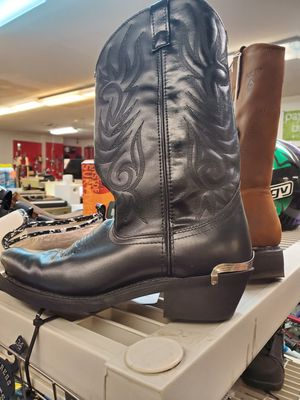 Size 9 wide Brand new never worn Laredo leather cowboy boots for Sale in Bensalem, PA