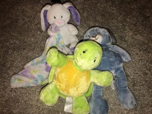 Stuffed Animals & Blanket for Sale in Hialeah, FL
