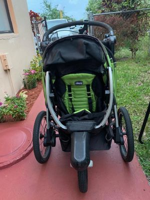 Baby stroller exercise ( brand chicco) for Sale in Pompano Beach, FL