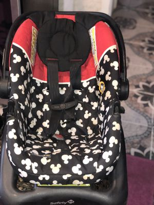 safety 1st Mickey Mouse car seat for Sale in Schenectady, NY