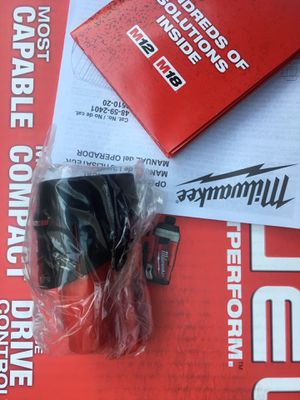 Milwaukee 12v 2.0 Ah battery for Sale in Fremont, CA