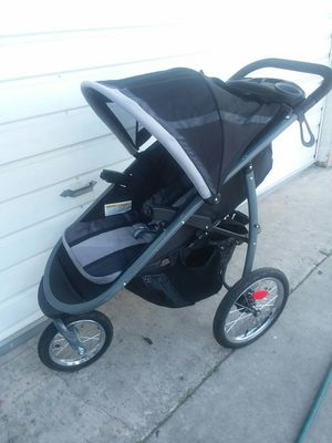 Easy Foldable stroller **GOOD* for Sale in Garden Grove, CA