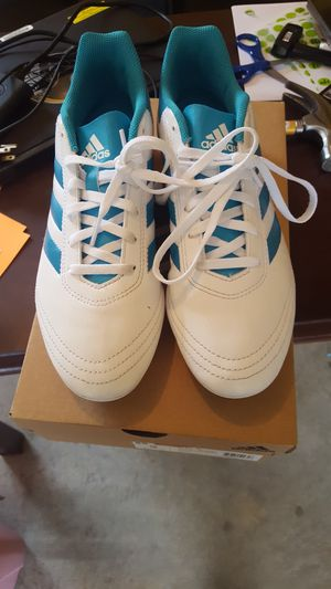 Size 9 girl Adidas shoes for Sale in Bloomington, IL