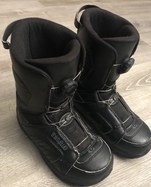 Boys ThirtyTwo Snowboard Boots size 5 youth kids child 32 for Sale in San Lorenzo, CA
