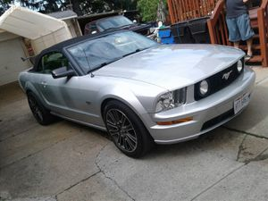 2005 Ford Mustang Gt V8 Soft Top Convertible for Sale in Cleveland, OH