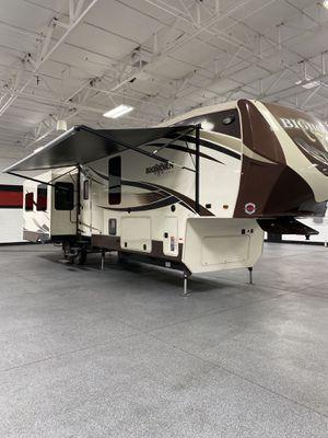 2016 big horn 5th wheel RV for Sale in Gilbert, AZ