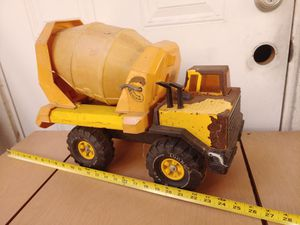 Vintage Tonka truck cement mixer 1980s 1970s era works great Rusty patina collectible man cave garage toy for Sale in Orange, CA
