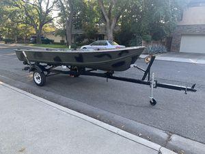 14' Aluminum boat & trailer for Sale in Modesto, CA