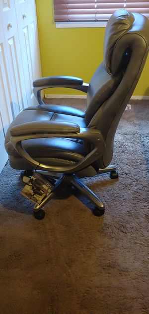 Serta Office Chair for Sale in Bowie, MD
