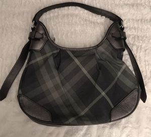 Excellent condition metallic Burberry shoulder bag for Sale in Amityville, NY