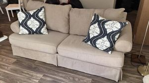 Beige couch for Sale in Atlanta, GA