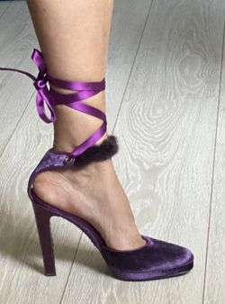 Gucci Heels Gorgeous Purple Velvet High Heels for Sale in Hollywood,  FL