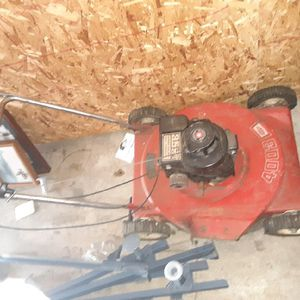 Lawn Mower for Sale in Newark, OH