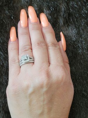 White gold size 7 wedding and engagement ring set for Sale in Stockton, CA