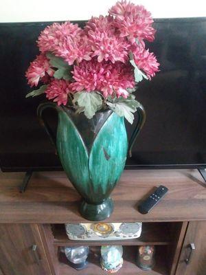 Flower vases for Sale in Bristol, PA