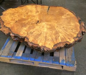 Glossed Coffee Table for Sale in Hayward, CA