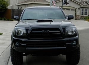 On sale clear 2007 Toyota Tacoma Beautiful for Sale in Baltimore, MD