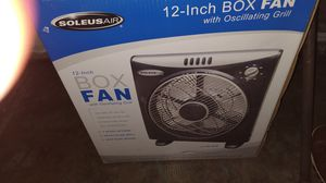 12 inch box fan with oscillating grill for Sale in Pomona, CA