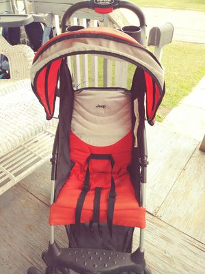 Jeep stroller for Sale in Lancaster, OH