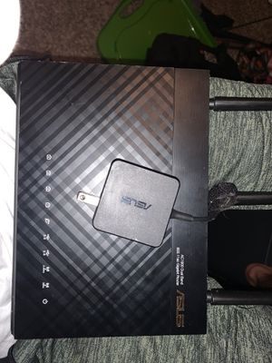 Asus ac1900 dual band router for Sale in Katy, TX
