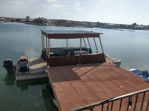 Pontoon Boat for Sale in Helendale, CA