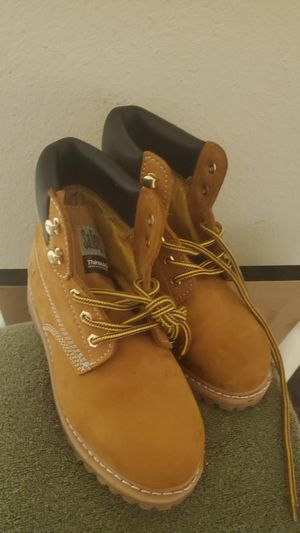 Safety girl size 6 work boots for Sale in Tempe, AZ