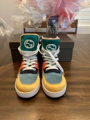 Gucci GG logo women's sneakers shoes size 8 for Sale in El Monte, CA